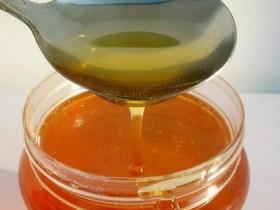 mo8教你怎么做diy蛋清蜂蜜面膜