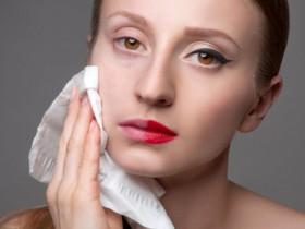 卸妆水怎么用的步骤 卸妆水正确使用方法