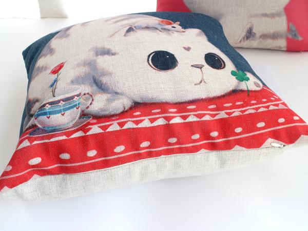 卖萌猫抱枕